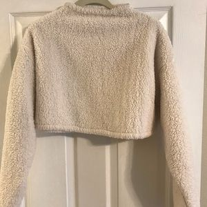 Cropped Sherpa top